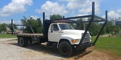 1995 Ford F700 Flatbed Truck