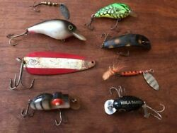 SEVEN VINTAGE FISHING LURES~~DARDEVLE~~HULA DANCER~~CF SWING~~ETC~~ALL TOGETHER