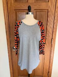 LulaRoe Simply Comfortable Shirt L Sunflower Soft Gray Blouse Top 3/4 Sleeve $15.00