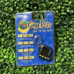 Virtual Alien Giga Pets (Tiger Electronics 1997) New In Package Rare