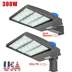 Outdoor LED Parking Lot Light Street Pole Fixture Dusk to Dawn Commercial (300W) $199.00