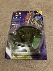1994 Kenner Aliens Wild Boar Alien with Hidden Power-Attack Spikes 65715 $18.00