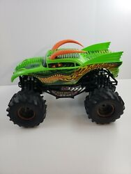 Monster Jam New Bright DRAGON RC with Battery Pack no remote 1:10 Truck $39.96