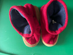 Red Boys Slipper Boots With Suede Bottoms Size Small Bin 11 $4.00