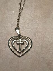 REAL SOLID SILVER 925 Sterling Silver Necklace amp; Pendant Cross In Heart 2.5 Gram $29.99