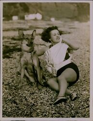 GA49 Original Underwood Photo ONE WHO DOES NOT FEEL THE COLD Woman and Dog Beach $20.00