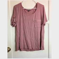 Charlotte Russe Plus Women#x27;s Pink Zipper Pocket Shirt Top 1X PRE OWNED $7.50