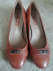 Womens Dress Shoes Heels ECCO Size 8 8.5 US Euro 39 Brown Leather Chunk Career $29.99