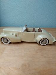 Avon Antique Car Decanter 1937 Cord Handcrafted For Avon In Brazil 1984 Empty $20.00