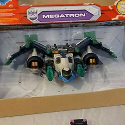 Hasbro Transformers Energon Megatron Action Figure compete with Box $69.99