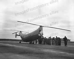 8x10 Print Sikorsky Helicopter The Flying Banana 1943 #5502891 $14.99