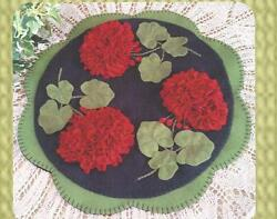 Geranium Beauty felted wool applique penny rug candle mat quilt pattern