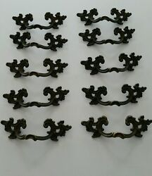 SET OF 10 MATCHING ANTIQUE  VINTAGE BRASS DRAWER PULLS HANDLES 3 INCH CENTERS