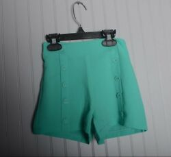DINO BEBE Designer Girls green Shorts Buttons Size 4t