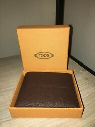 TOD's TODs authentic Italian mens bifold brown leather wallet Made in Italy New