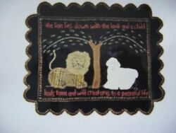 KIT penny rug wool fabric applique quilt pattern LION LAY WITH LAMB candle mat
