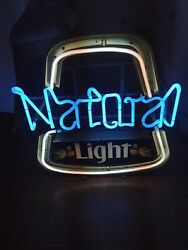 Vintage Natural Light NEON LIGHT UP SIGN MAN CAVE GAME ROOM RARE hong kong