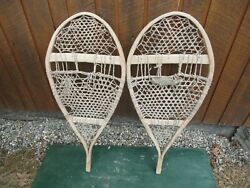 VINTAGE Snowshoes 37quot; Long x 17quot; Wide Great for DECORATION $57.89