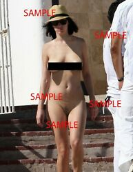 GLOSSY PHOTO PICTURE 8.5x11 Katy Perry NUDE on vacation WOW