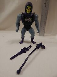 He-Man Masters of the Universe BATTLE ARMOR SKELETOR Loose Complete Tight Stands