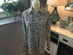 RARE AUTHENTIC CHANEL WHITE & BLACK LOGO LONG SLEEVE BUTTON FRONT BLOUSE N.R