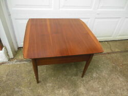 Vintage Mid Century Modern Walnut Bassett Artisan Curved Edge End Table  $69.00