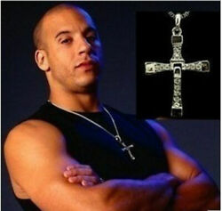 Cross pendant necklace Men's classic fashion necklace Fast and Furious hip-hop