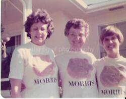 THREE WOMEN WEARING MORRIS THE CAT T SHIRTS Found PHOTOGRAPH Color VINTAGE 09 2 $12.80