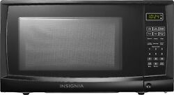 Insignia 0.7 Cu. Ft. Compact Microwave Black $69.99