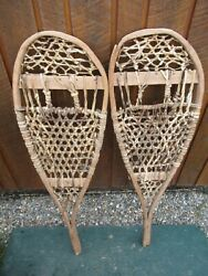 VINTAGE Snowshoes 42quot; Long x 13quot; Wide GREAT For DECORATION $39.91