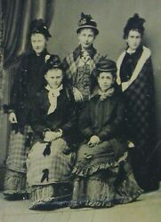 TINTYPE PHOTO OF 5 LOVELY YOUNG WOMEN WEARING LOVELY OUTFITS amp; HATS NICELY POSED $6.99