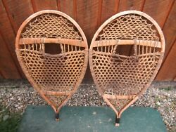 VINTAGE Snowshoes 32quot; Long x 17quot; Wide DECORATION $49.46