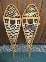 VINTAGE Snowshoes 42quot; Long x 11quot; Wide Has Leather Binding GREAT For DECORATION $44.99