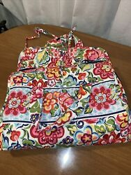 Vera Bradley HANGING ORGANIZER FLORAL DESIGN SPOT ON POCKET $14.99