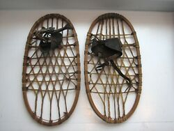 Vintage 1943 WWII Lund Bear Paw Snowshoes 10 1 2 x 21 Pair $75.00
