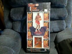 1997 98 Michael Jordan Super Star Set with Gold Star Quest $125.00