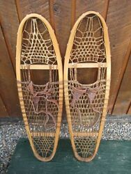 VINTAGE SNOWSHOES 35quot; Long x 10quot; Wide with Leather Bindings READY TO USE $59.98