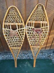 INTERESTING VINTAGE Snowshoes 43quot; Long x 14quot; with Leather Bindings DECORATIVE $49.77