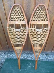 GREAT VINTAGE Snowshoes 42quot; Long x 11quot; Great For DECORATION $39.93