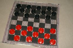 Cracker Barrel Large Floor Table Red Black Checkers Game Set Used VG $12.49
