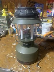 Coleman Rechargeable Lantern Twin Tube Fluorescent Camping Light Preowned $16.99