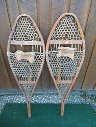 GREAT VINTAGE Snowshoes 43quot; Long x 13quot; Great For DECORATION with Leather Binding $49.52