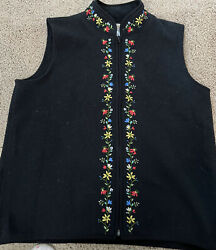 Talbots Black Fleece Vest Large with Floral Embroidery $15.00