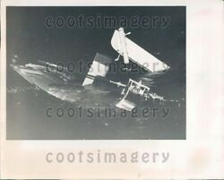 1960 Wire Photo Helicopter Crash Wreckage In Water $20.00