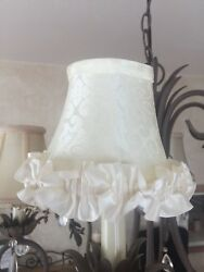 EXQUISITE SILK RUFFLED LAMP SHADE SMALL LAMPS VANITY OR CHANDELIER $8.00