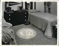 1962 Press Photo Rugged Rug Low Cost for College Students Room