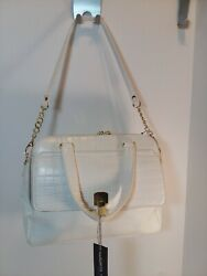 Olivia + Joy White wGold HandbagDarla Collection NEW WITH TAGS.    Retail: $92