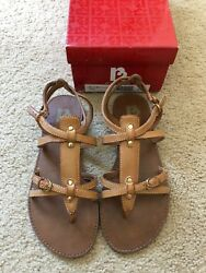 R2 By Report Womens Flat Sandals Size 6 $14.50