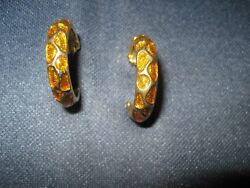 Pair of pierced hoop earrings gold tone with gold enamel