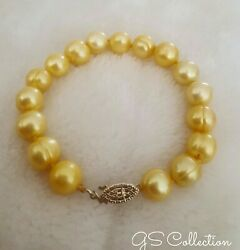 Beautiful! Yellow Gold South Sea  Pearls 9-10MM bracelet  14 k   clasp.
